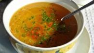 Supa de gaina de tara cu taitei de casa