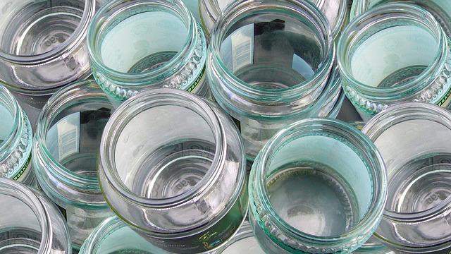 Cum se sterilizeaza borcanele goale pentru conserve