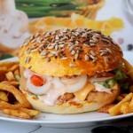 Cheeseburger de casa (reteta video)