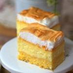 Cheesecake cu budinca de vanilie si bezea