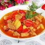Tocana de cartofi cu carne de porc