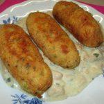 Rulouri de cartofi cu sos si ciuperci